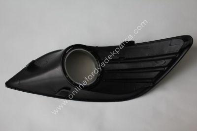 Focus 2008-2011<br>Ön Tampon sis Far Kapağı Sis Farlı Sağ <br>8M51 19952 AE